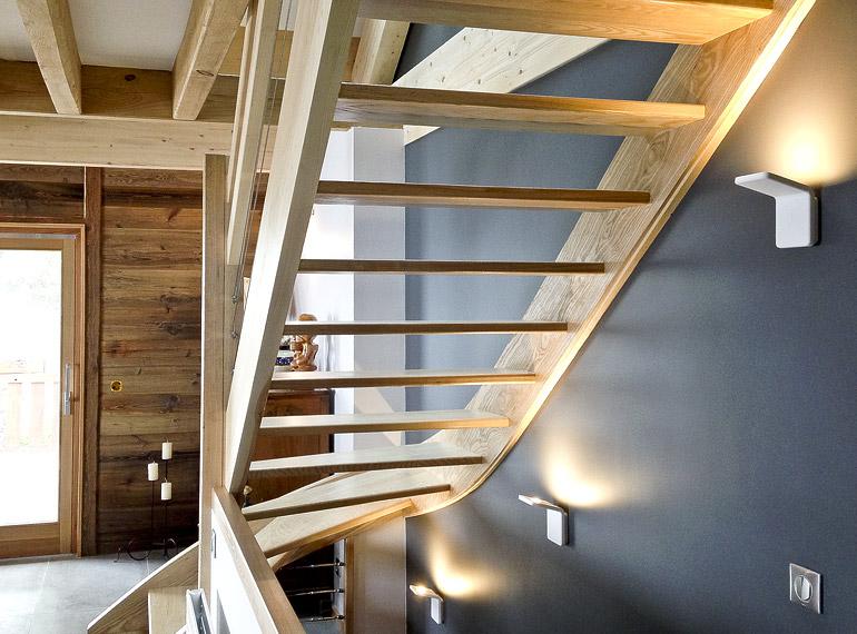 Architecte grenoble am nagement int rieur le chalet montagnard de chartreuse - Transformer un escalier en bois ...