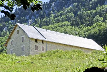 grange dans la montagne, massif du vercors