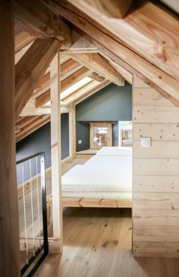lits étage chalet en bois